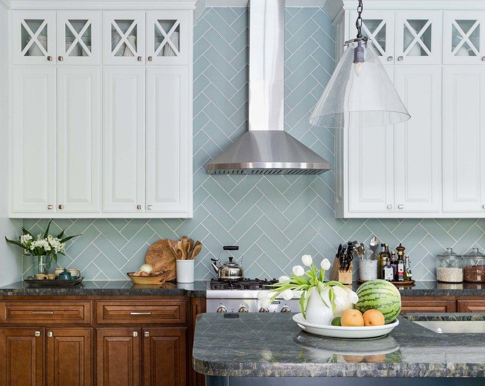 Coastal style kitchen makeover - Carla Aston, Designer | Colleen Scott, Photographer | Shaun Bain, Contractor | #turquoisekitchen #coastalkitchen