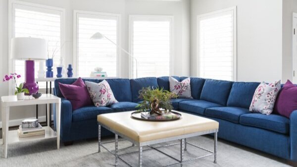 COLOR TREND 2020 - Pantone\'s Color Of The Year Classic Blue ...