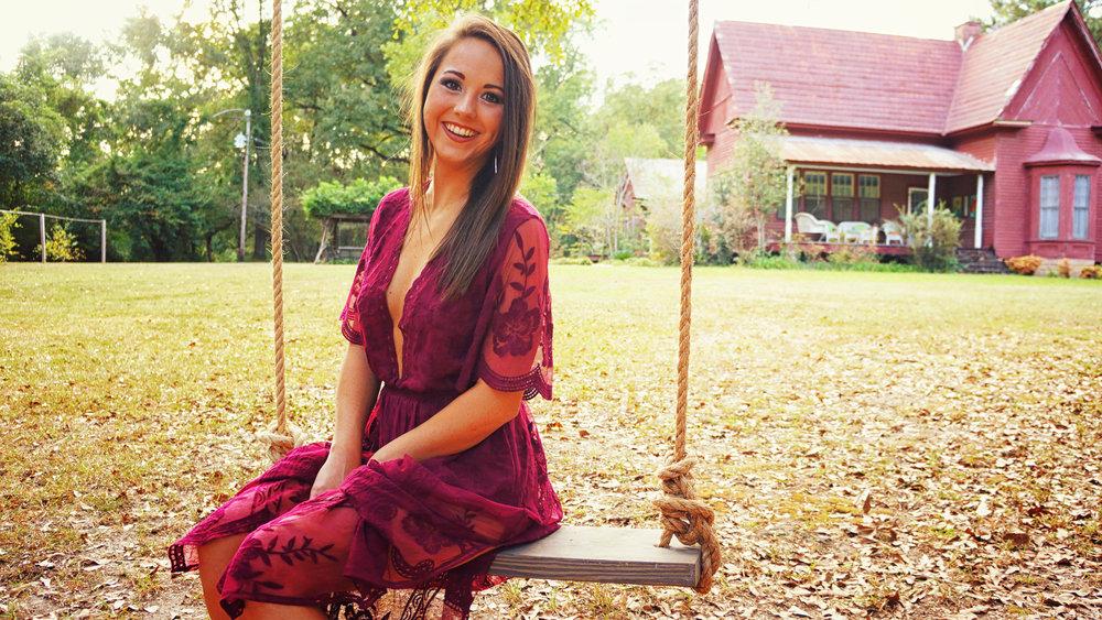 Kate On Swing