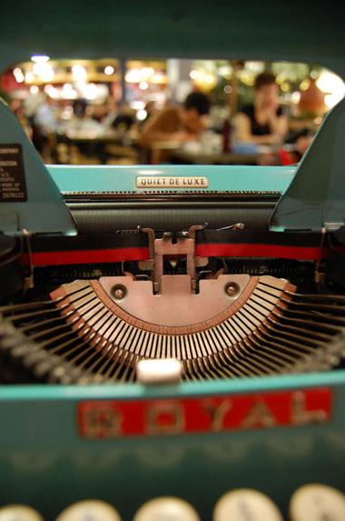 typefly1.jpg