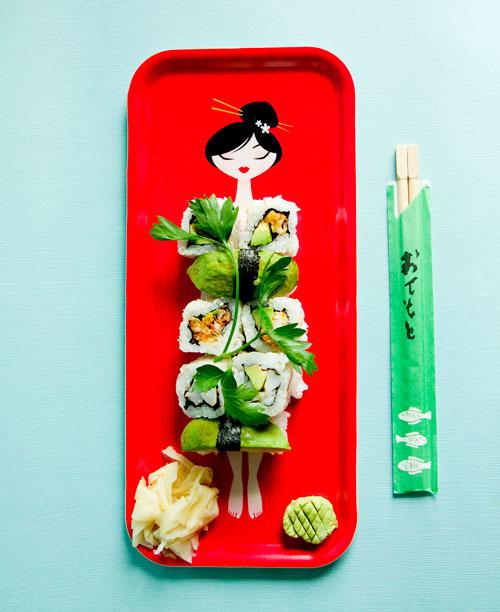 Sushi_tray_dressed.jpg