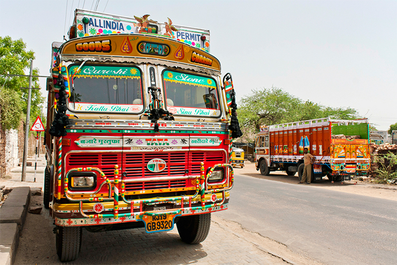 The_Truck_Art_of_India-1.jpg