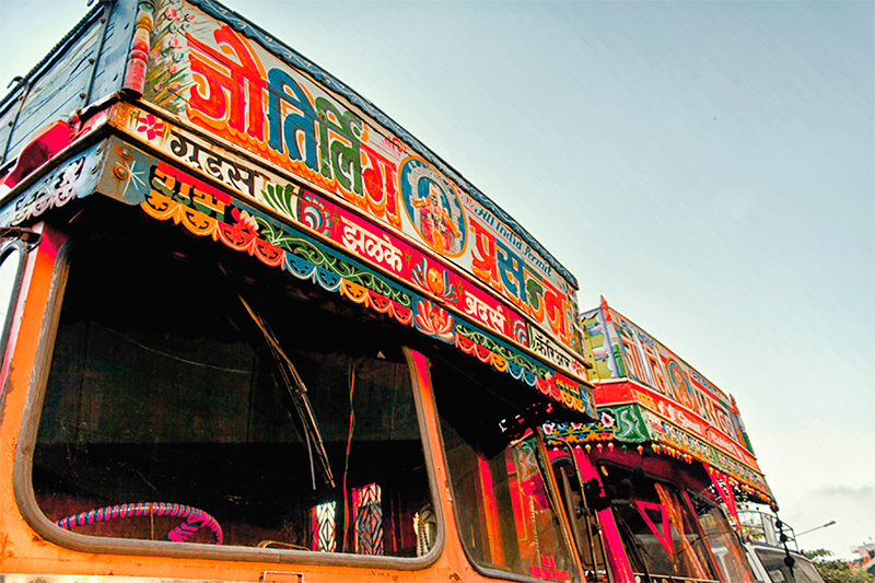 The_Truck_Art_of_India-3.jpg