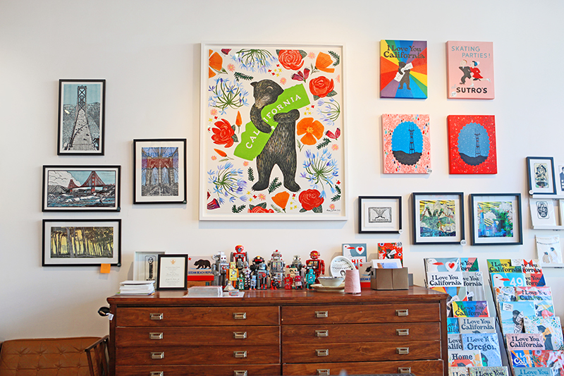 That's Annie's show-stopping large-scale print of a California bear hug. (Prints available in their online shop.)