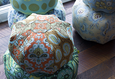 GUMDROP PILLOW  Amy Butler