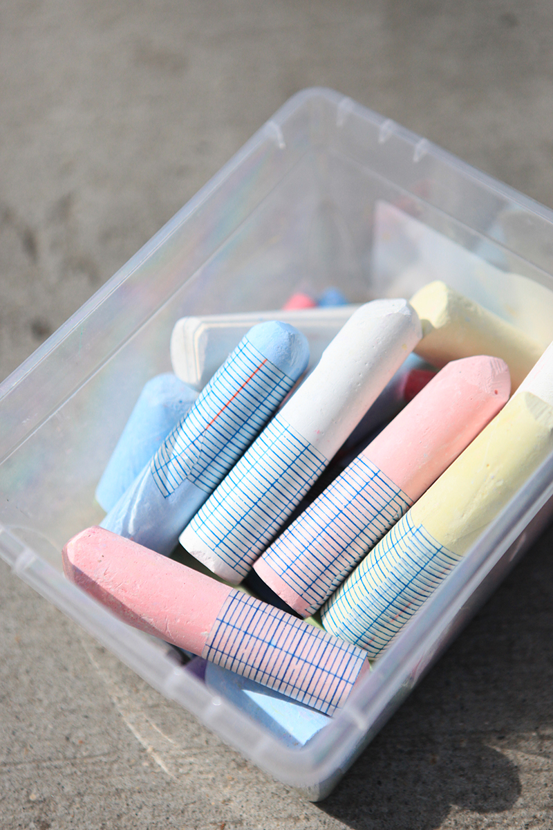 We like to put washi tape on our sidewalk chalk so that fingers don't get as dusty.