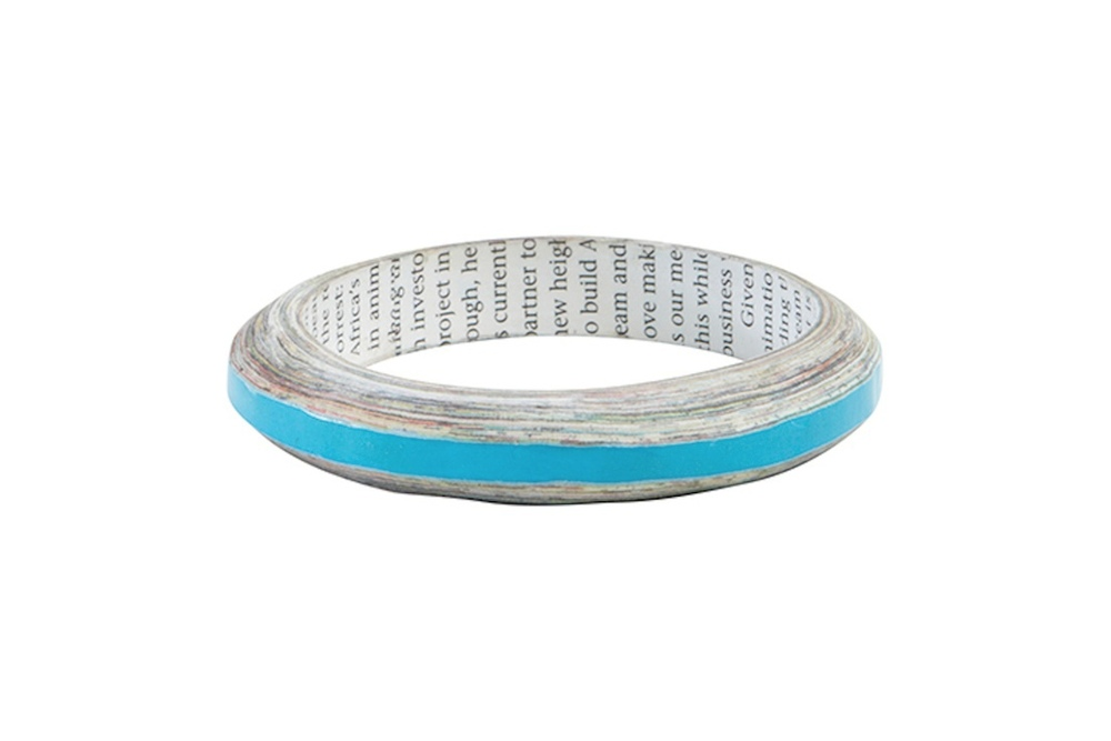 These bangles are made by artisans in Swaziland, but could be a good idea for older magazines (if you could bear to cut one up!)