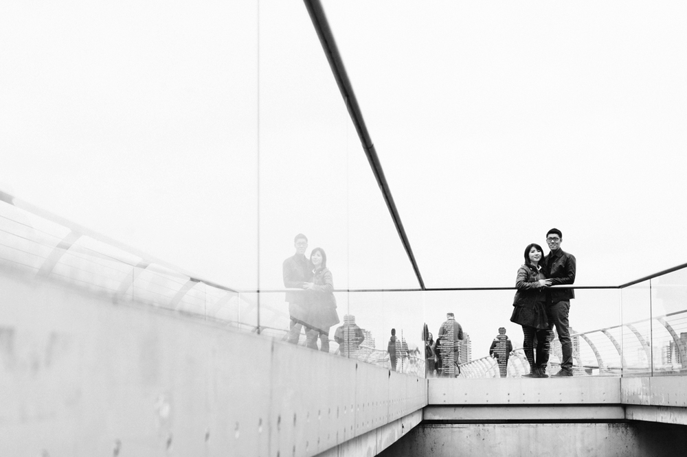 Millennium-Bridge-Pre-Wedding-Photography.jpg