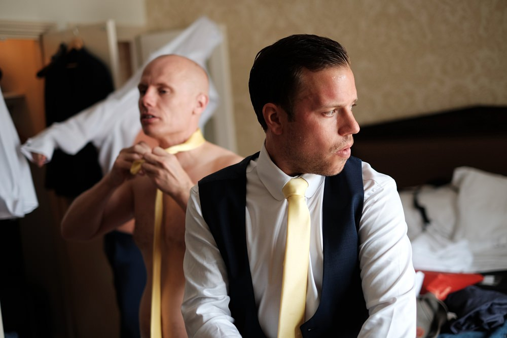 groom-groomsmen-prep-wedding_0060.jpg