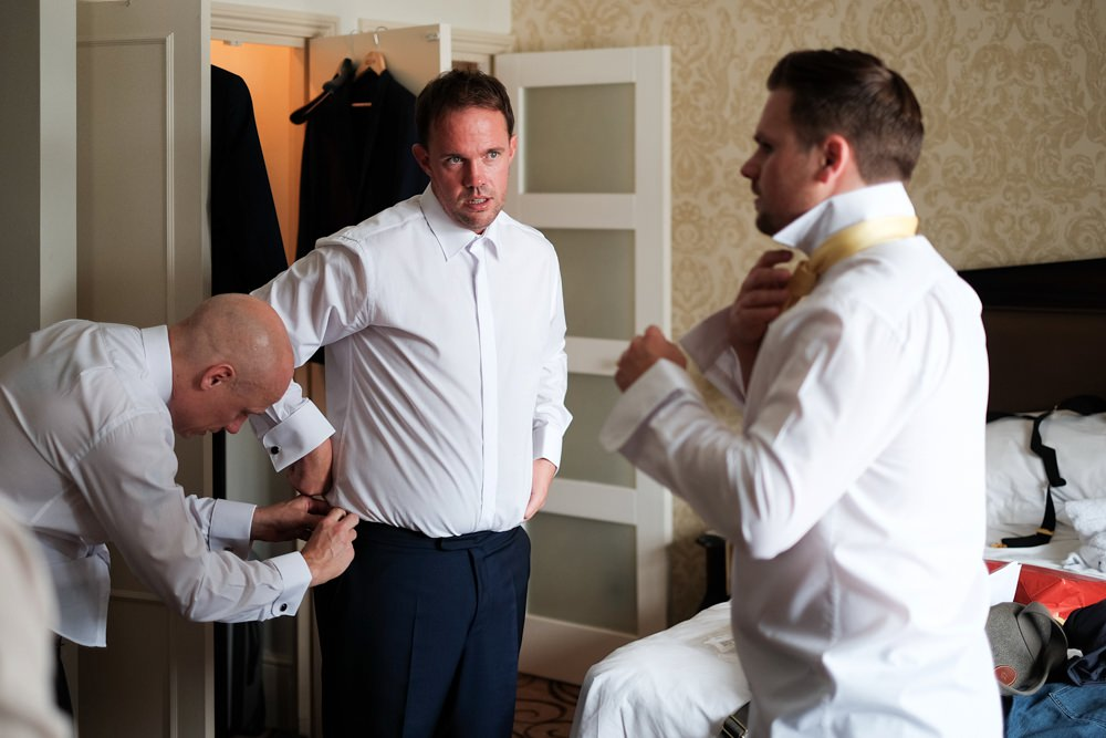 groom-groomsmen-prep-wedding_0065.jpg