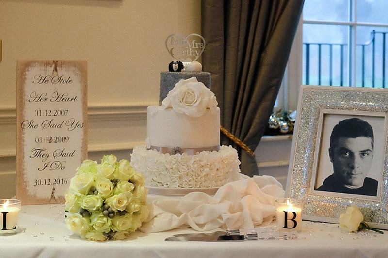Beautfil-Wedding-Cake-Essex.jpg