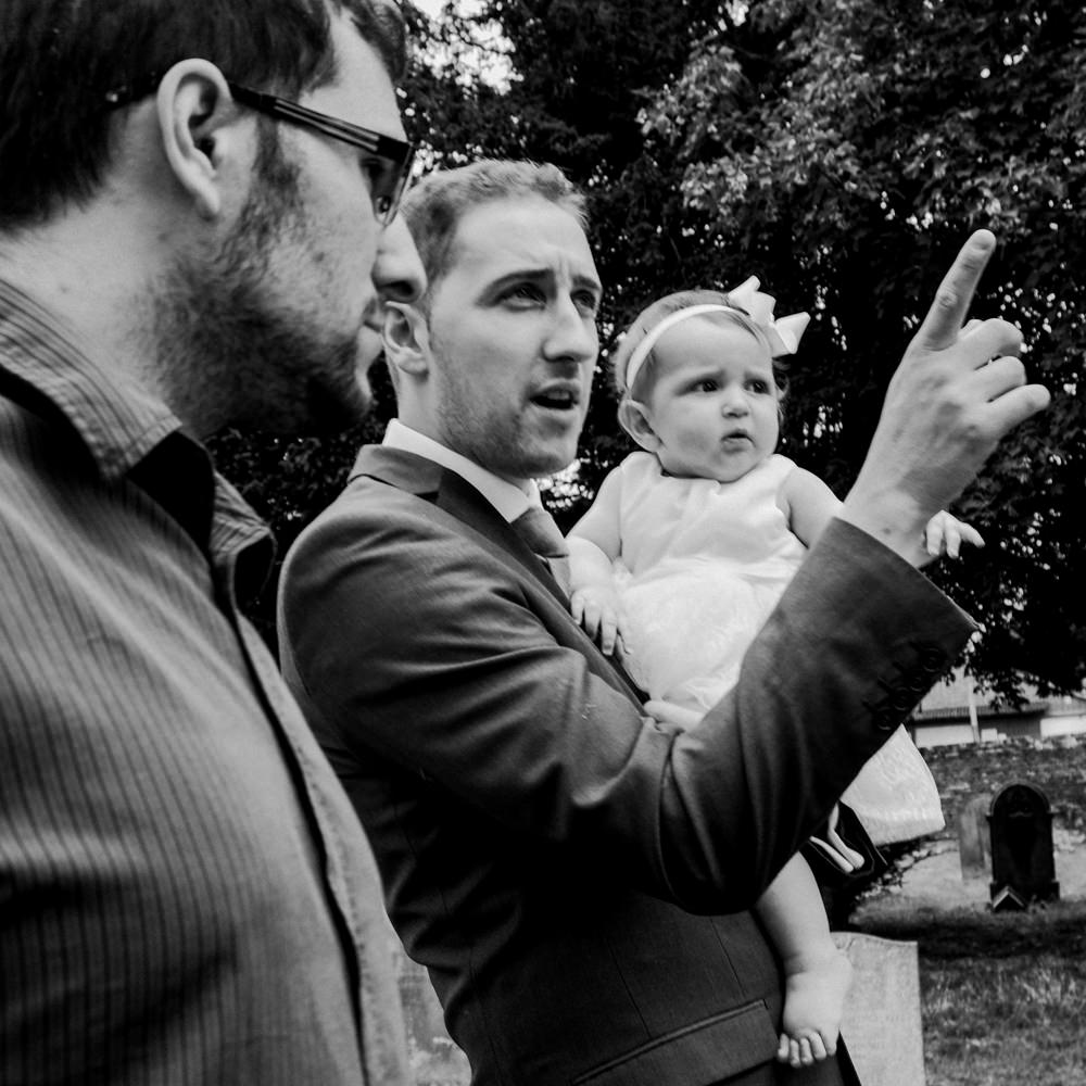038-documentary-photography-dad-pointing-the-way.jpg