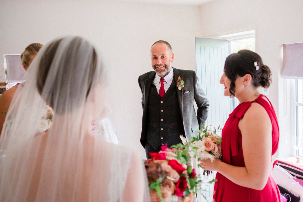 122-father-sees-daughter-bride-for-the-first-time-wedding-day.jpg