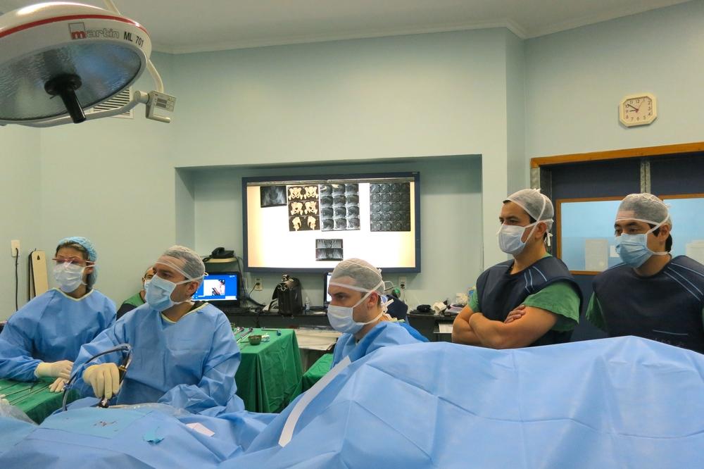 Visita cirurgica Porto Alegre 2014_3
