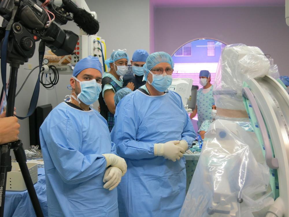 Cirurgia ao vivo Colombia, Cali 2012