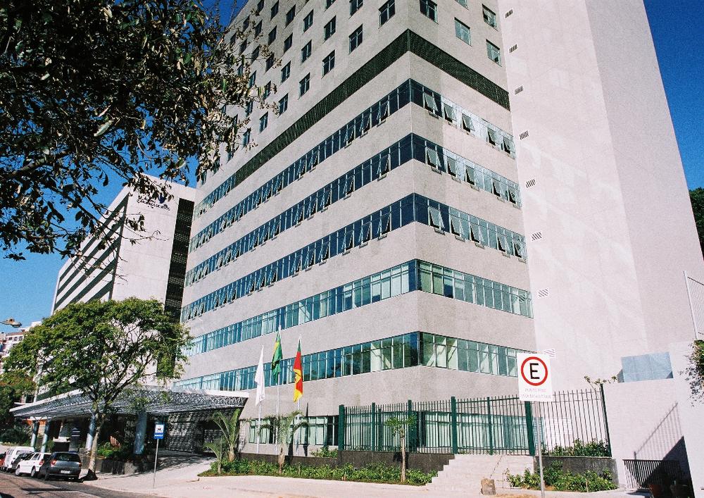 Centro Clínico da rua Tiradentes, complexo Moinhos de Vento