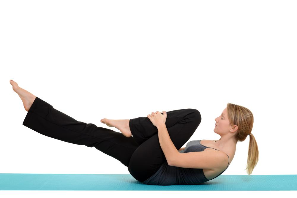 Atividades com grande amplitude de movimento do quadril podem provocar estalidos. Como dança, artes marciais pilates...
