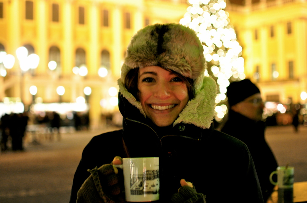 Everywhere everywhere,  gluhwein  everywhere.