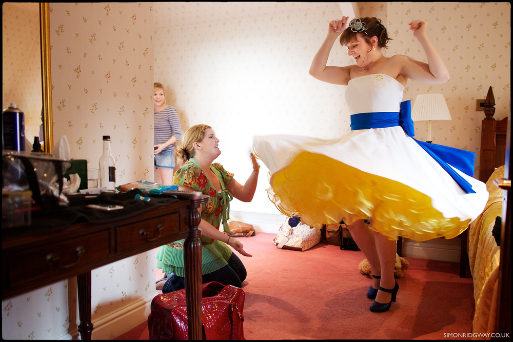 Coed-y-Mwstwr, Bridgend - Documentary Wedding Photography