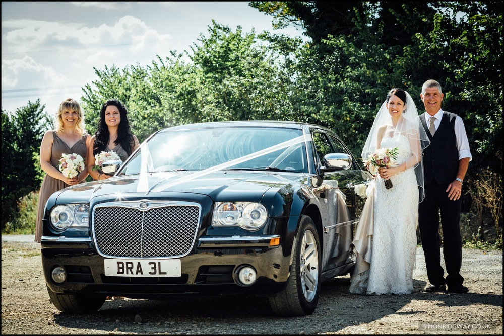 Wedding photography at Oxleaze Barn in the Cotswolds