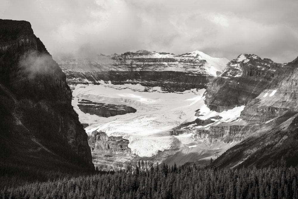 GlacierBW1_new_lr.jpg