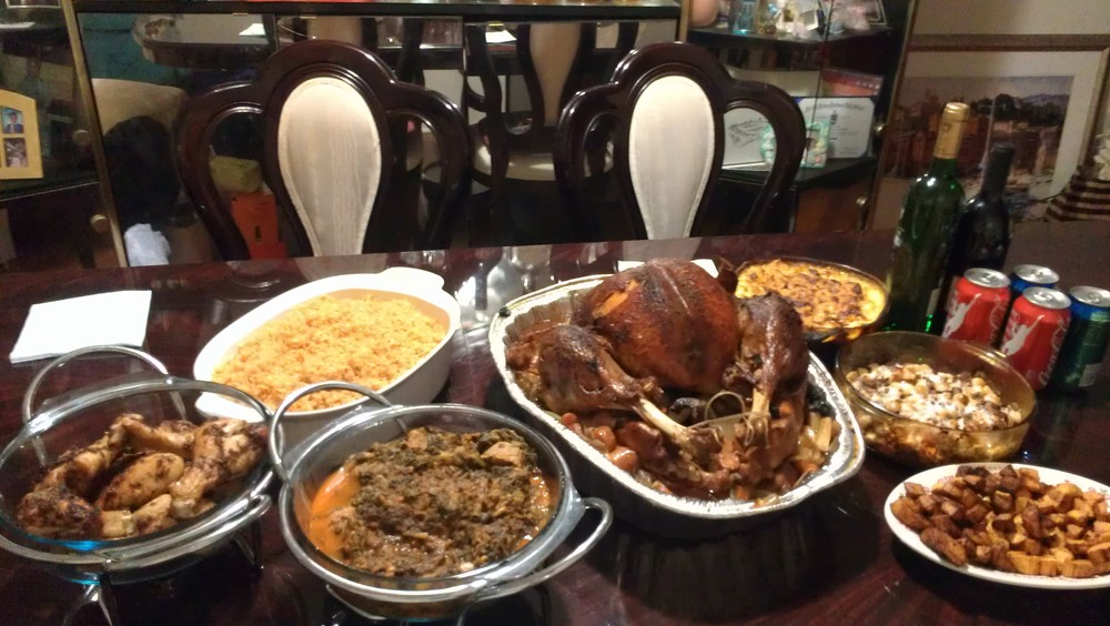 The turkey and side dishes! I'll zoom in on the sides in a bit!
