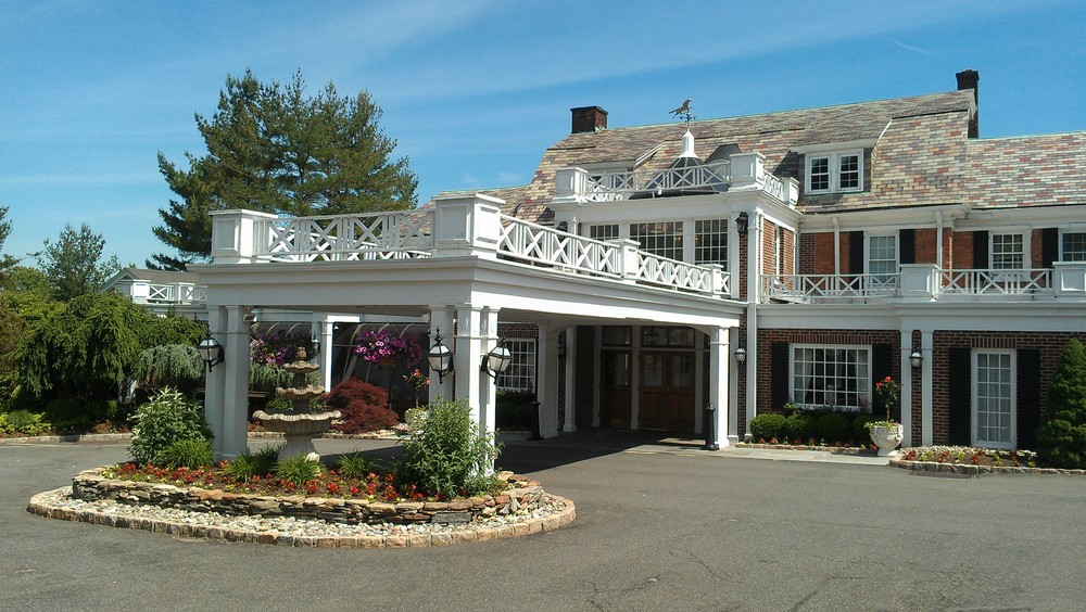 Had tea time at this lovely venue, Mayfair Farms in NJ with one of this summer's wedding clients! We got through a lot of details, and I can't wait till their wedding day!