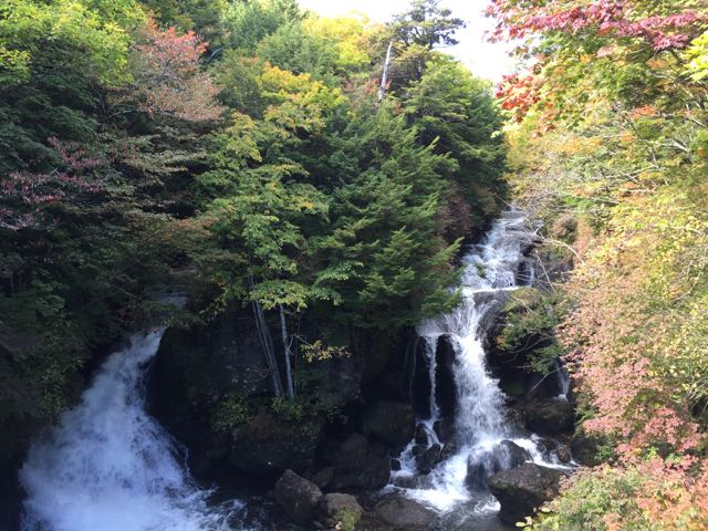 Ryuzu waterfall 2015 autumn leaves