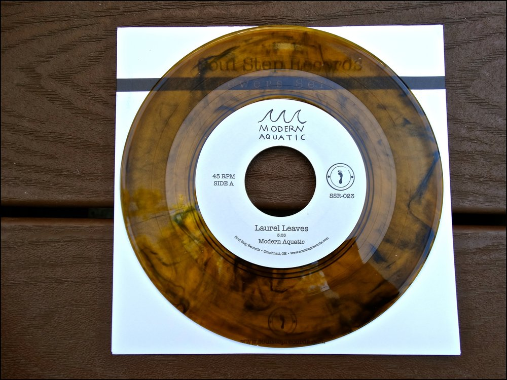 "SSR-023  Modern Aquatic - ""Laurel Leaves""  