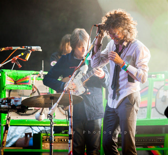 FlamingLips2012_0101.jpg