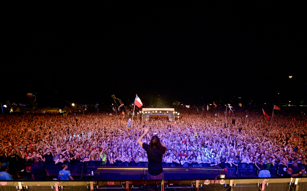 A packed side stage raging to Bassnectar (Photo Credit: Matt Ellis)