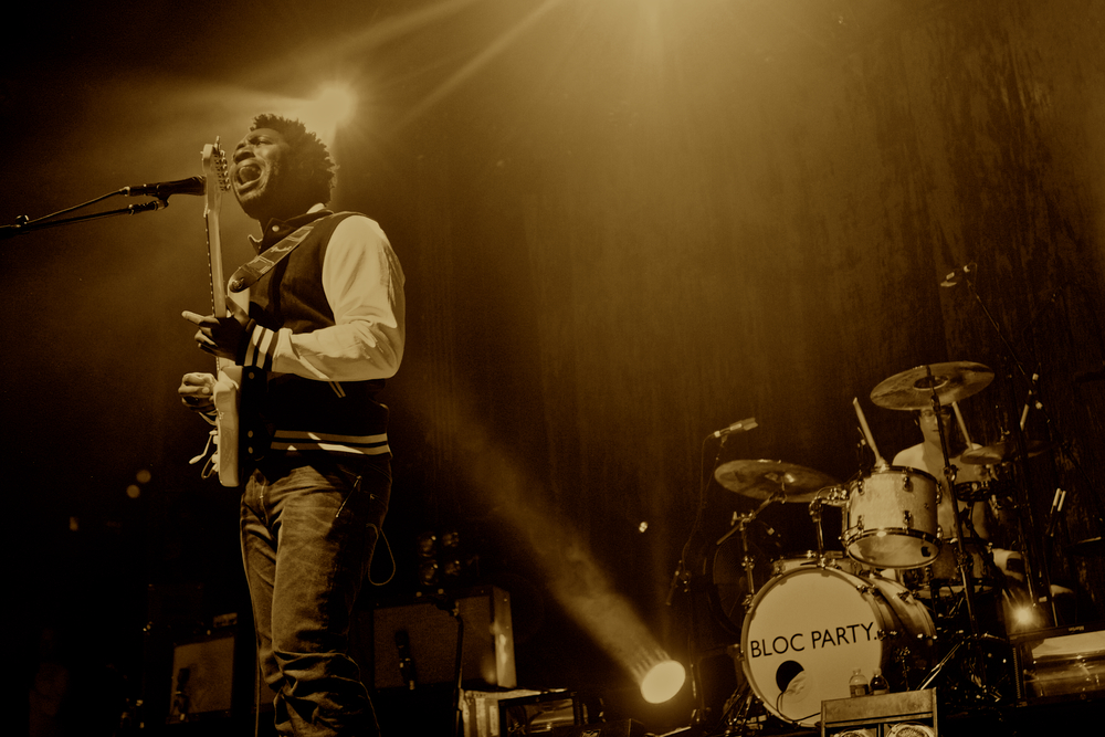 Frontman Kele Okereke of Bloc Party (Photo Credit: Robert Castro)
