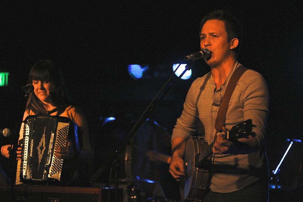 Glowing House serenading the Larimer Lounge crowd (Photo Credit: Robert Castro)