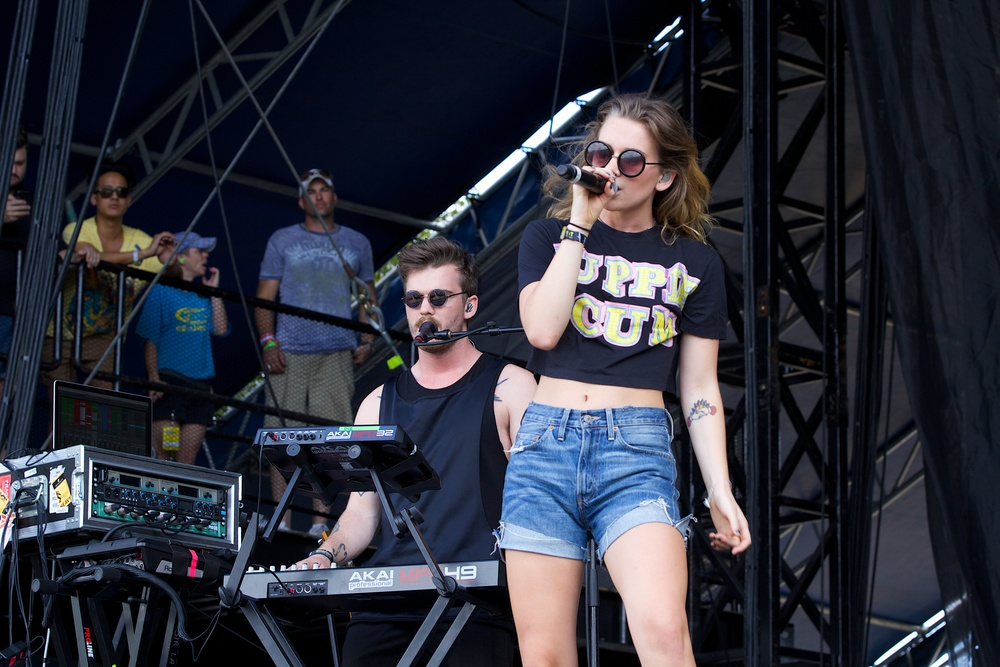BROODS getting things started for the early crowds. (Photo Credit: Robert Castro)