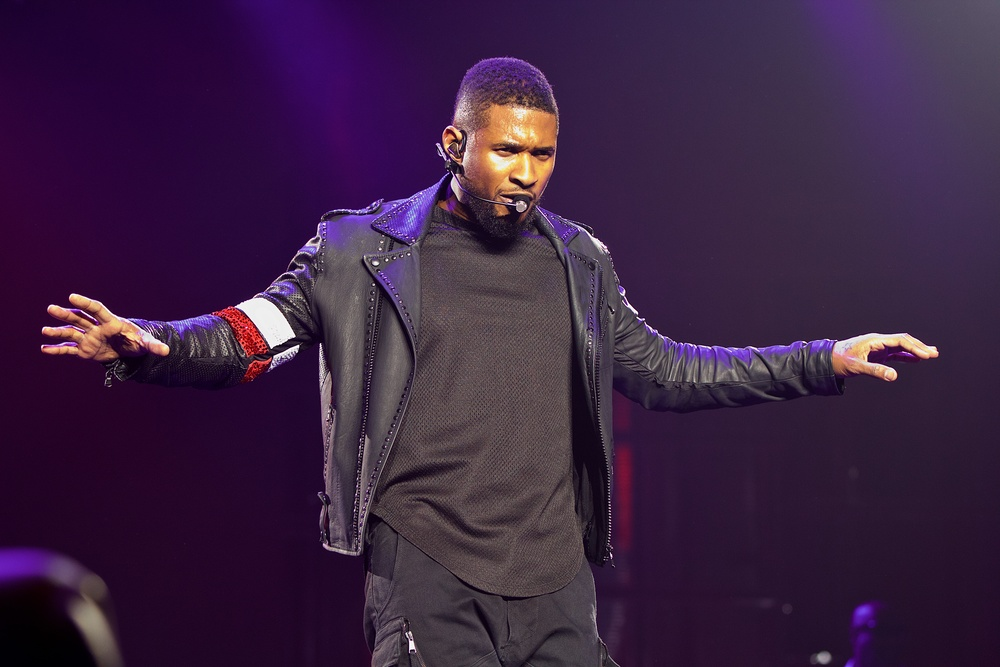 Usher (Photo Credit: Robert Castro)