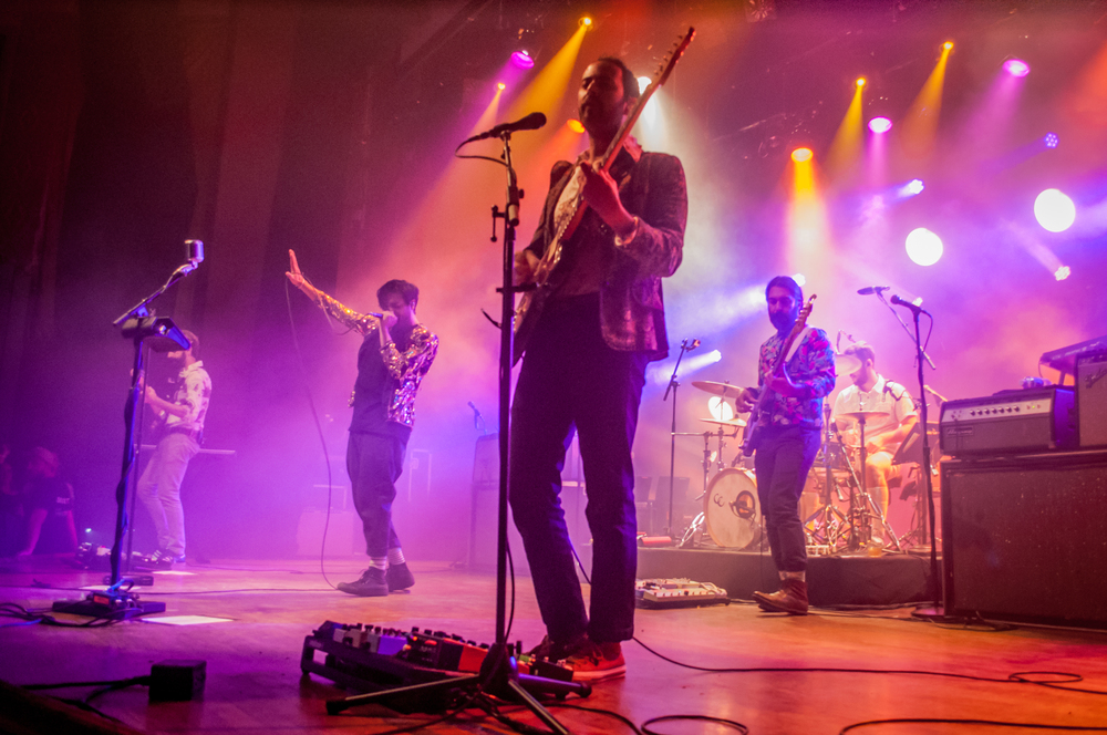 Young The Giant-10.jpg