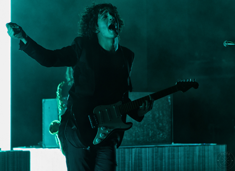 Matthew Healy of The 1975 (Photo Credit: Robert Castro)
