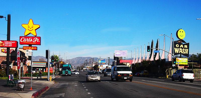happy signs LA - photo: cia mooney