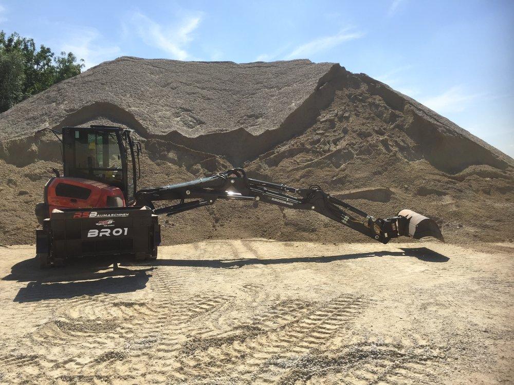 RSBaumaschinen Excavator Company