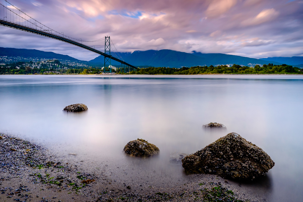 Lions Gate Bridge and North Vancouver - 90 seconds at f/11