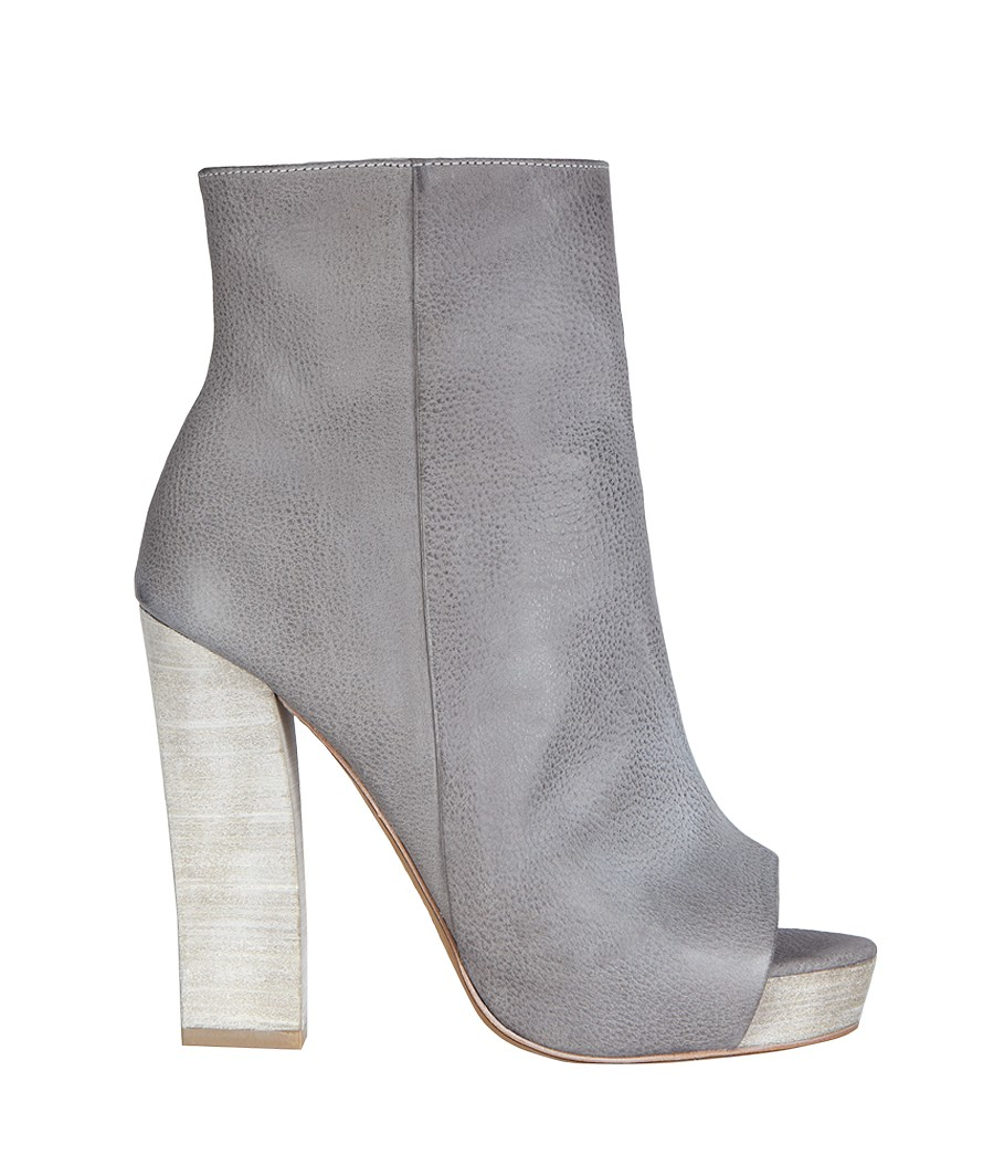 ALL SAINTS IS A BRAND FOR MY DARING FASHIONISTA'S. THE MANIFEST BOOT. Price: $328