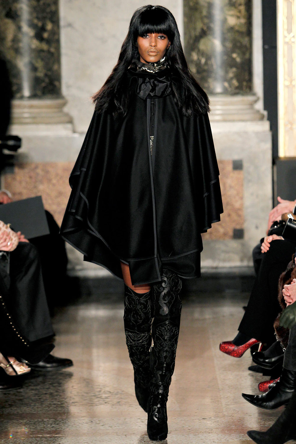 Emilio-Pucci-Fall-Winter-2013-2014-Runway-Show-13.jpg