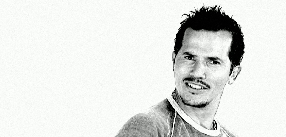 video_stills_leguizamo_05.jpg