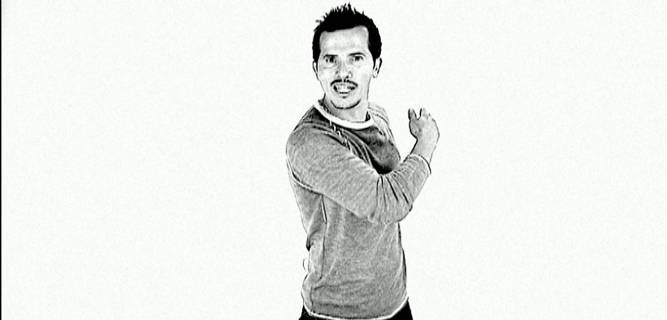 video_stills_leguizamo_06.jpg