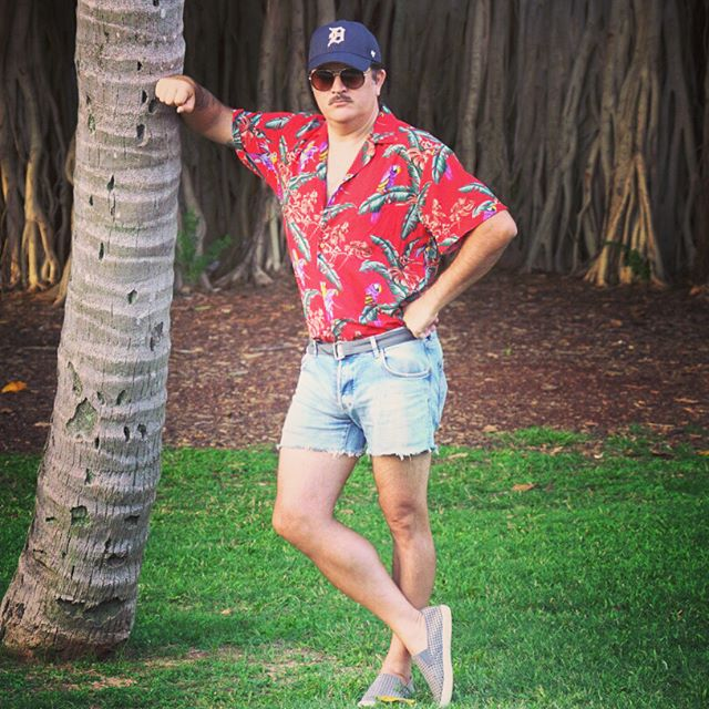 "I'll be wandering the streets of Waikiki tonight dressed as Magnum PI.  I think I'll mostly be mistaken for ""creepy short shorts military mustache tourist guy"". 😑🎃😤"