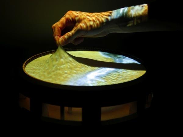 obake elastic touchscreen.jpg
