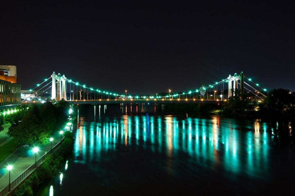 Father Hennepin Bridge