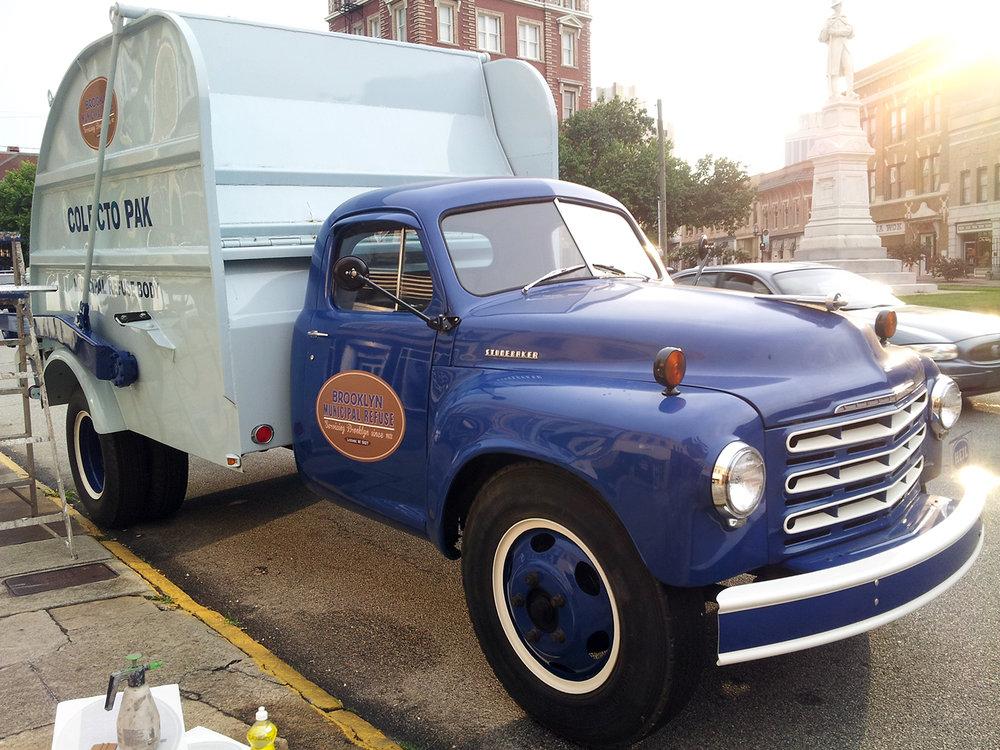 42_vinyl_truck2.jpg
