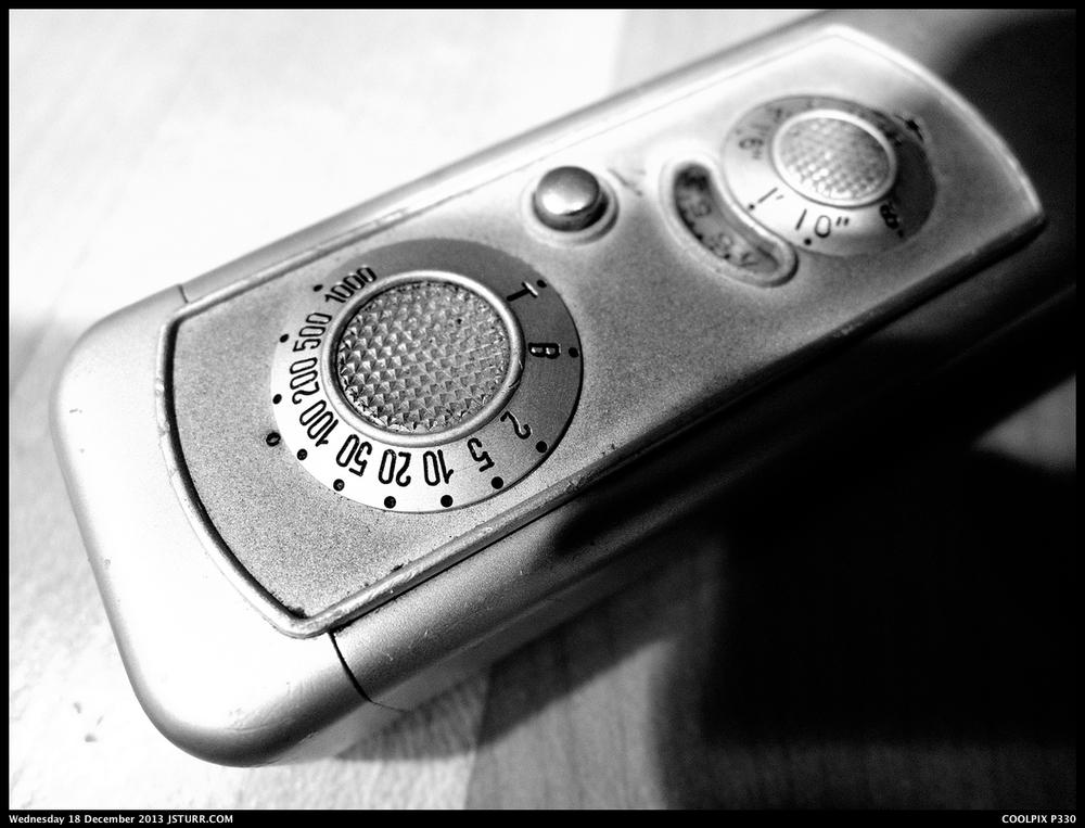 Nikon P330 - Minox 'A'