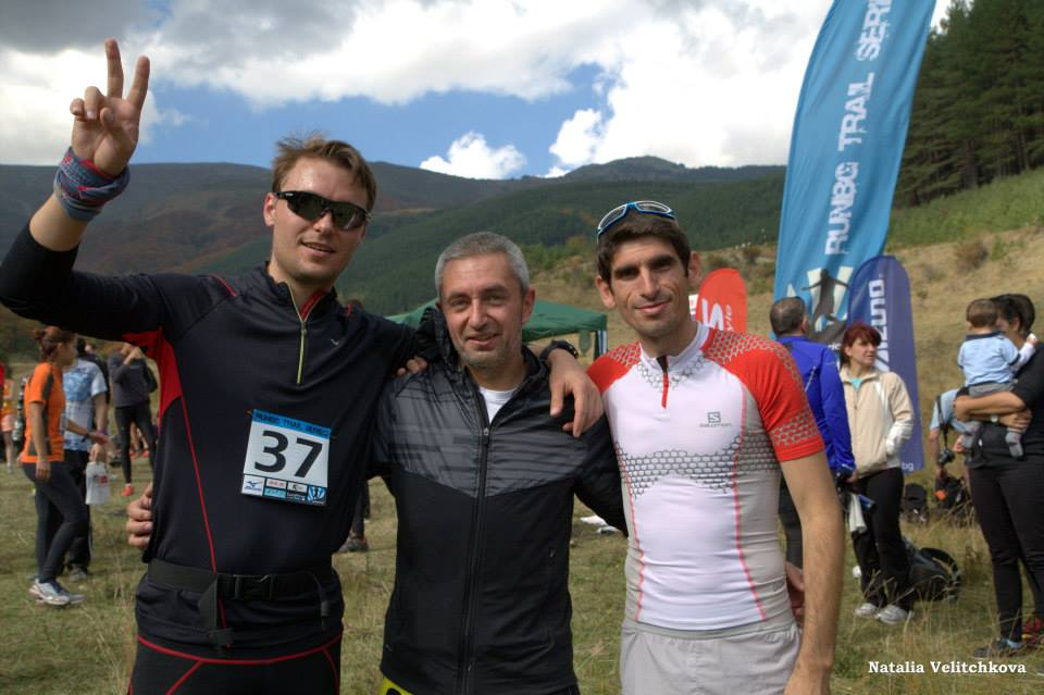 After the finish Georgi poses with his bos (middle) and Kiril Nikolov (DISL), Source: Natalia Velichkova